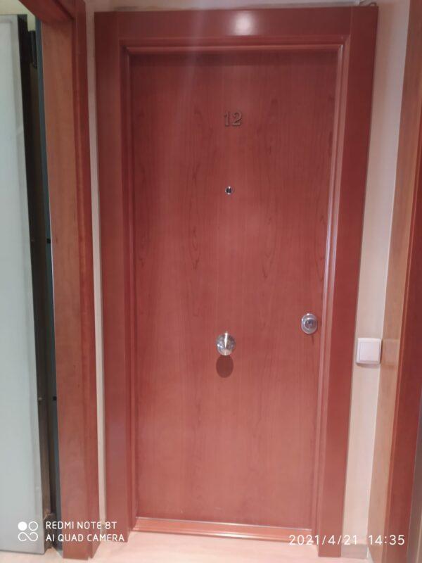 Puerta acorazada kiuso 100 Grado 4 exterior cerezo