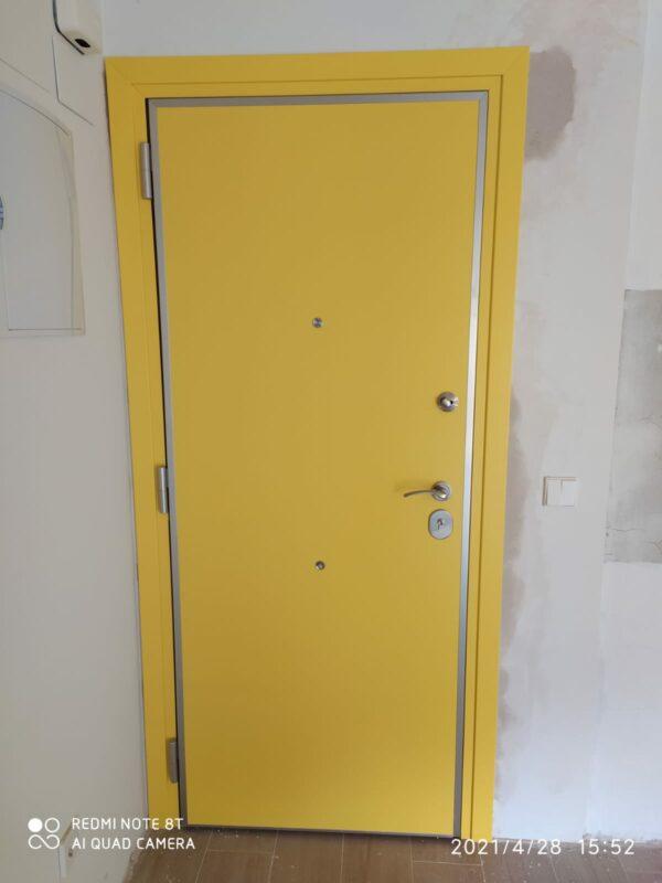 Puerta acorazada Kiuso 100 Grado 4 interior en RAL